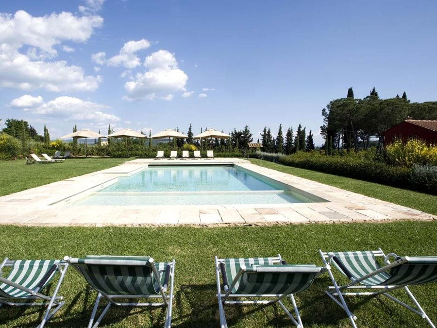 Tuscany travel guides itineraries and vacation rentals for Casa di lusso