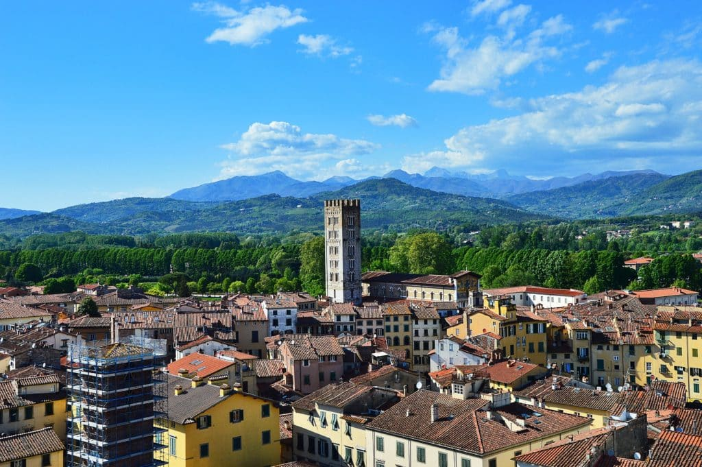 perfect week in tuscany, lucca