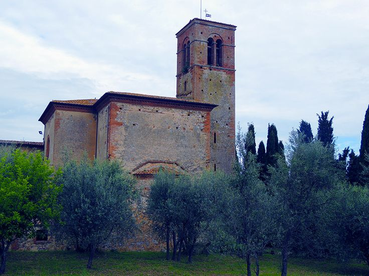 Tuscan monastery featured in The English Patient